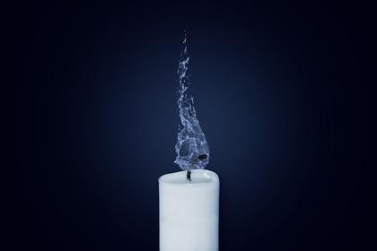 消えた蝋燭の火