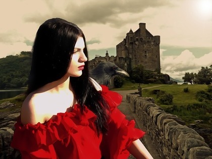 赤いドレスの美女