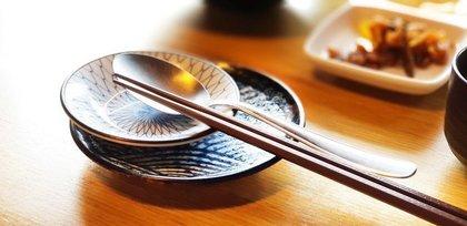 韓国料理の箸と匙
