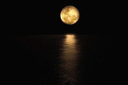 美しい月夜