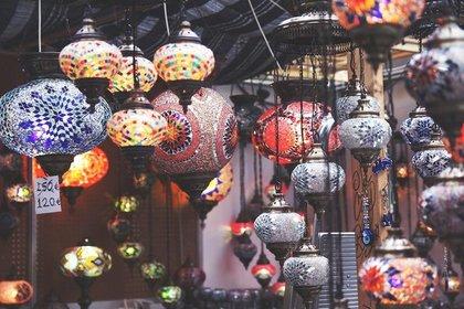 色鮮やかな中国の灯り