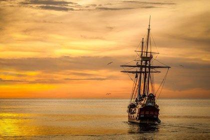海を渡る船