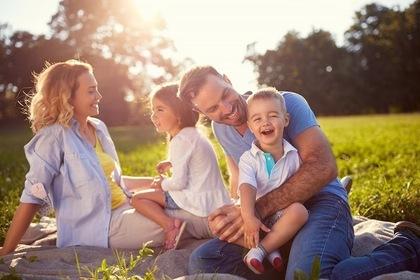 嬉しそうな家族