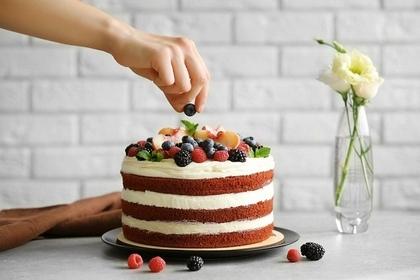 ベリーが乗ったケーキ