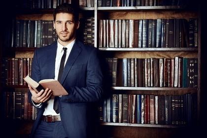 男性弁護士のイメージ