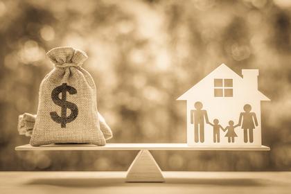 お金と家族の画像