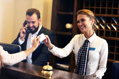 お得なクレジットカードの選び方④付帯サービスで選ぶ