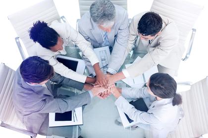 団結するチーム