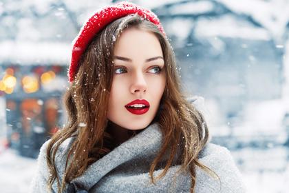冬の日の女性